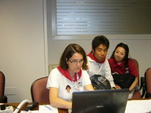 En un momento de la entrevista con Satoshi y Miyako_Foto OIP